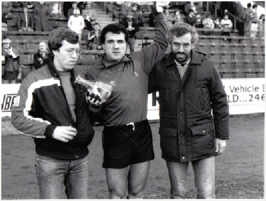 LW presentation to John Burridge - early-eighties at Sheffield United s